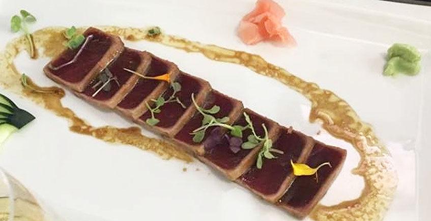 El tataki de atún de la Taberna Argüeso