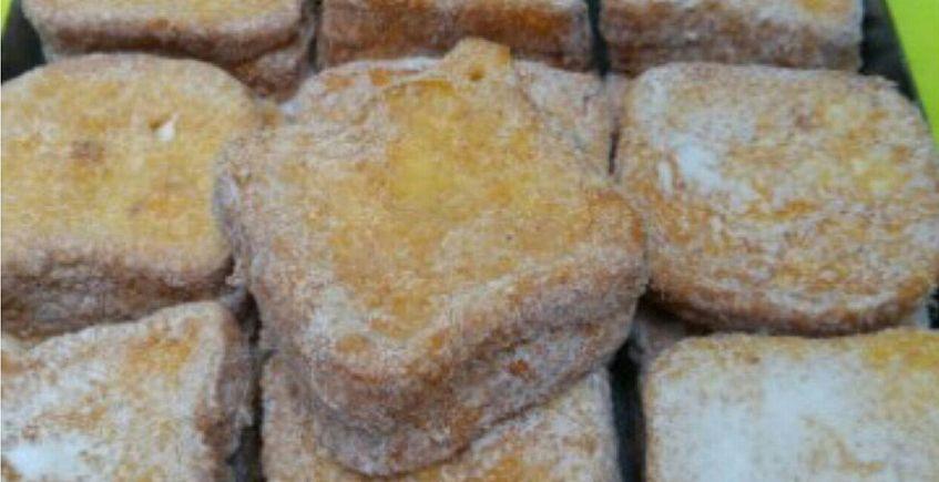 Torrijas con queso de cabra payoya de la Confitería Juan Moreno