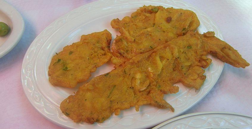 Las tortillitas de camarones del restaurante El Jardín de Canalejas