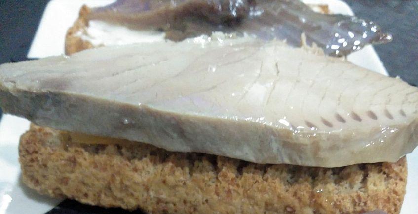 La tosta de sarda de El Retinto Tapas
