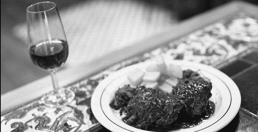 """22 de mayo. Cádiz. Conferencia """"El vino de Jerez en la gastronomía entre los siglos XIX y XX"""" a cargo de Eulalia Robles en el Campus de Cádiz"""