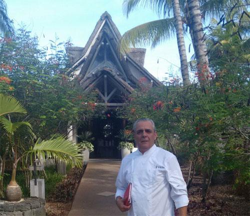 Pepe Romero Valdespino en el hotel Lux Belle Mare