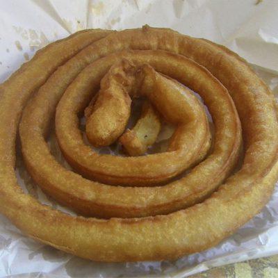 La rueda de churros que te pone Alfonso Orellana por un euro. Foto: Cosasdecome