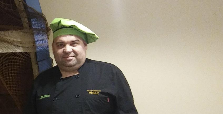 El cocinero Francisco Navarro. Foto: Cosasdecome