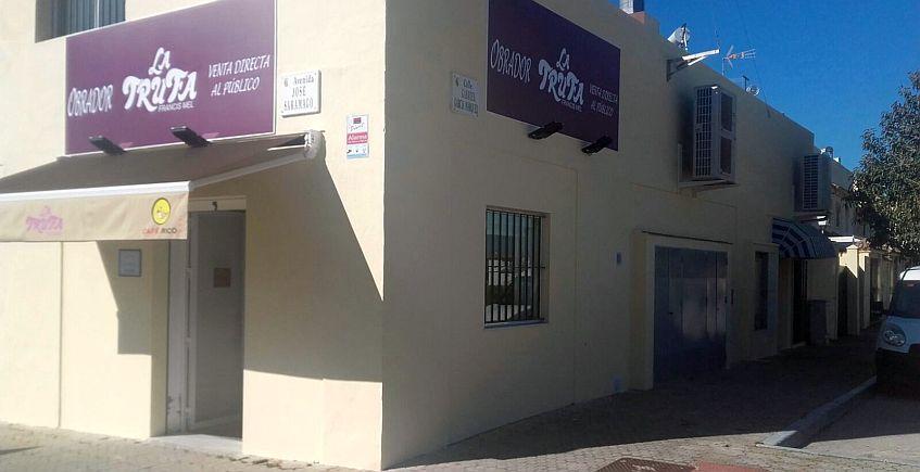 La Trufa de Puerto Real abre obrador y amplia su cafetería de Sagasta