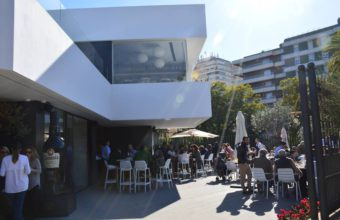 Hontoria garden bar