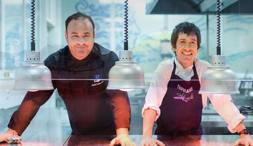 Angel León junto a Juan Domingo Sánchez, el jefe de cocina de Alevante. Foto: Cedida por Alevante