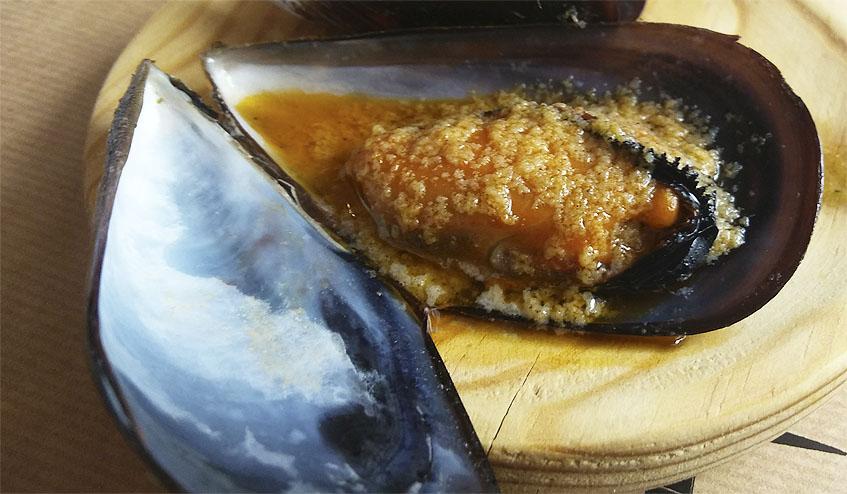 El mejillón con mojo picon. Foto:  Cosasdecome