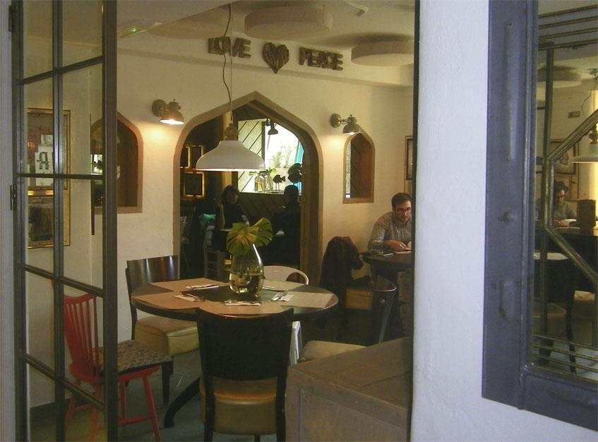 Detalle de otro de los salones. Foto: Cosasdecome