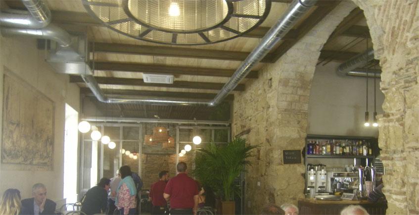 El Bar Apolo se quita 30 años de encima