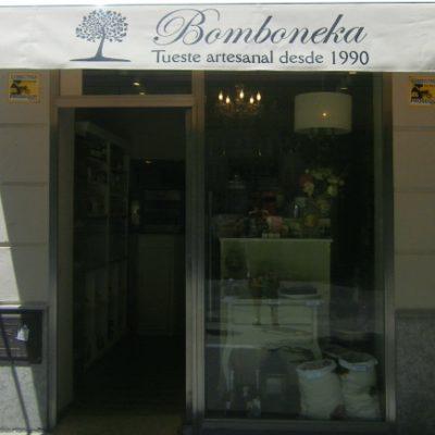 Bomboneka