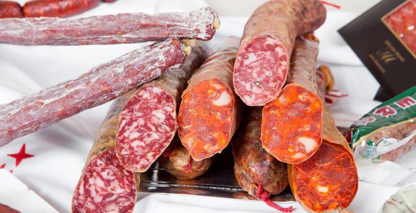 El servicio a domicilio de Montesierra llega ya a nueve localidades de la provincia con un centenar de productos
