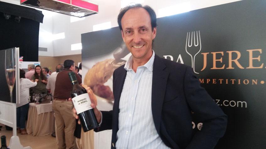 Emilio Martin Hidalgo con la nueva edición de Marqués de Rodil. Foto: Cosasdecome