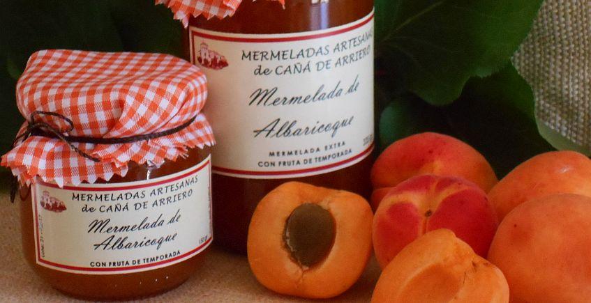 Cañá de Arriero lanza un jarabe de fresa y una mermelada de albaricoque