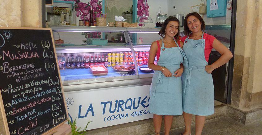 La Turquesa trae la comida griega al Mercado de Cádiz