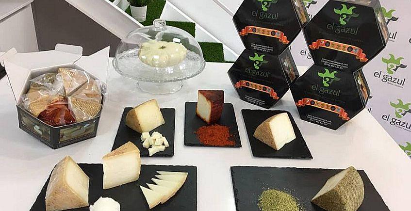 Una caja con seis quesos se convierte en el producto estrella de El Gazul