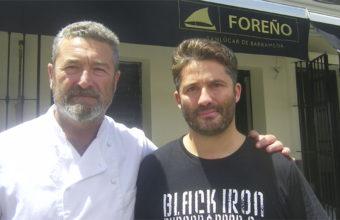 Los hermanos Pedro y Jaime Guardiola a las puertas de su nuevo establecimiento en Sanlúcar. Foto: Cosasdecome
