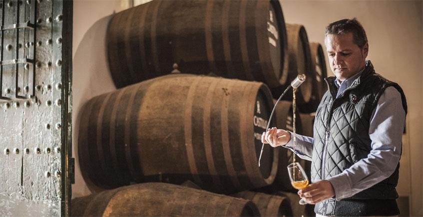 La International Wine Challengue elige al enólogo Sergio Martínez de bodegas Lustau como el mejor profesional del mundo en el campo de vinos generosos