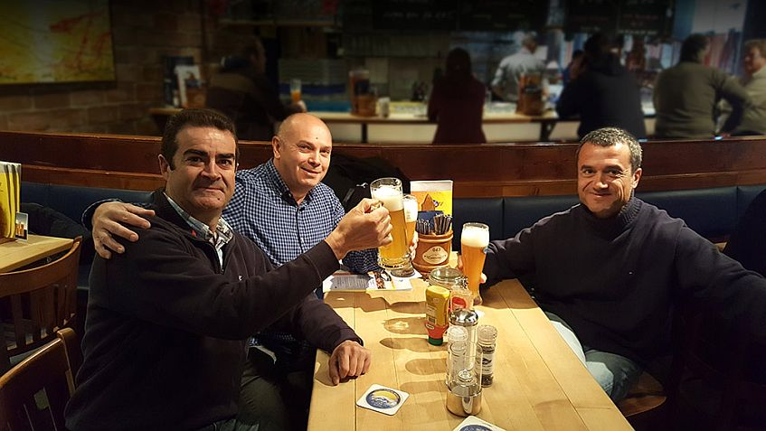Los socios, en la cumbre cervecera de Nuremberg, Alemania. Foto cedida.