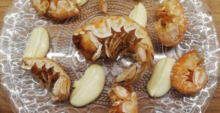 Colitas de cigalas fritas con alioli de Almanaque de Cádiz