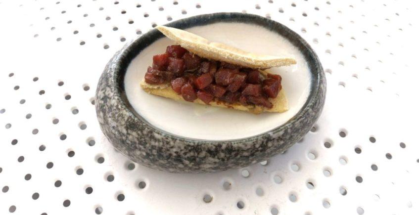 Kebab de atún rojo salvaje de almadraba de Paralelo 38 de Conil