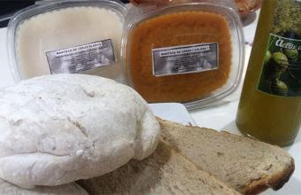 Molletes de Puerto Serrano en el mesón Casa Antonio. Foto: Cosasdecome