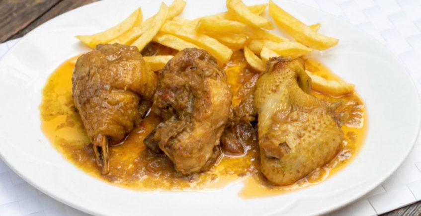 Pollo de campo en salsa de Venta Pinto