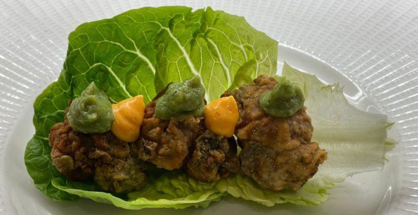Saam de ortiguillas con guacamole de algas de Paralelo 38 de Conil