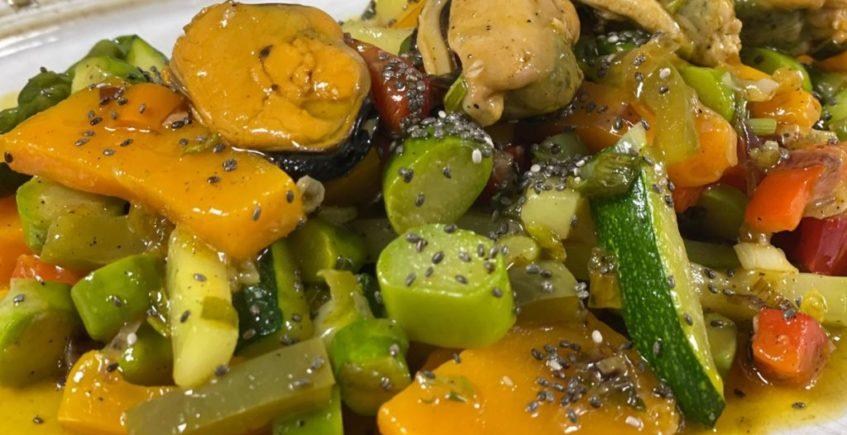 Salteado de verduras con mejillones en escabeche de La Duquesa de Medina