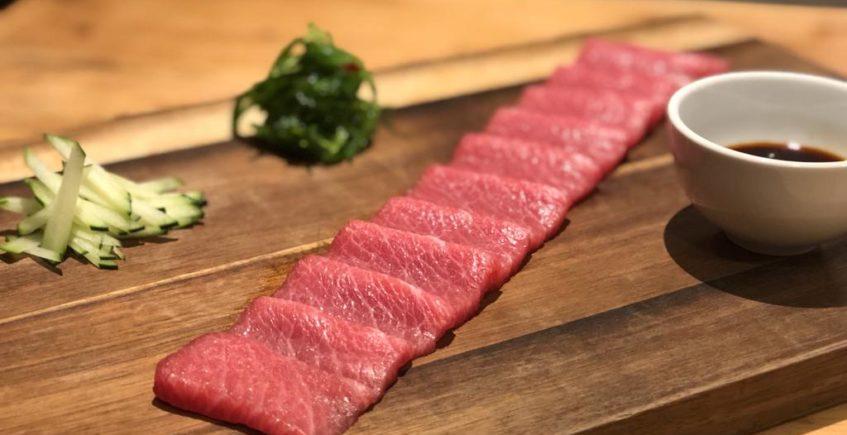 Sashimi de tarantelo de atún rojo de almadraba de Arrebol de Cádiz