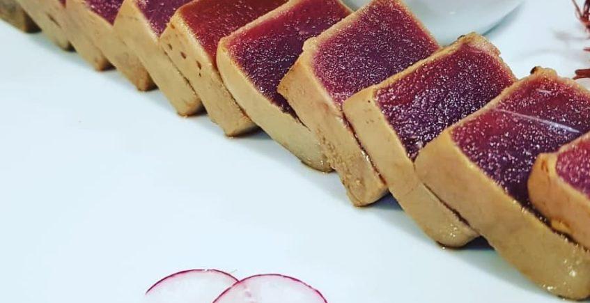 Tataki de atún rojo de almadraba de La Marmita de Cádiz