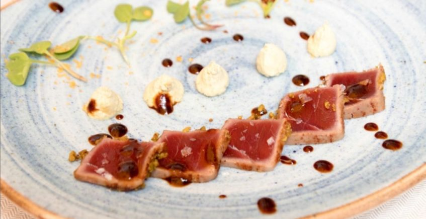 Tataki de atún rojo de la Venta Pinto de Vejer