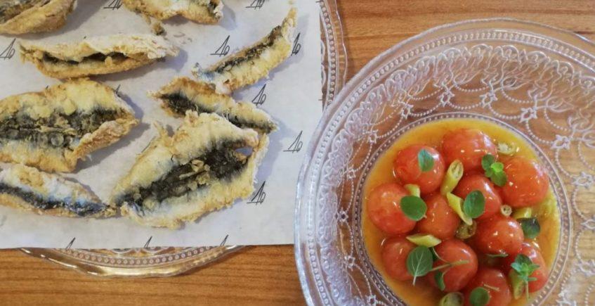 Tomatitos en escabeche con boquerones fritos de Almanaque de Cádiz