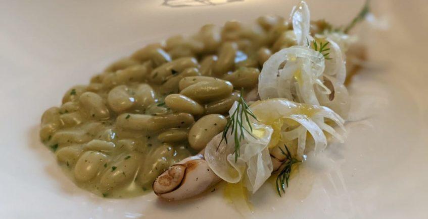 Verdinas con navajas en salsa verde de Mesón Sabor Andaluz de Alcalá del Valle