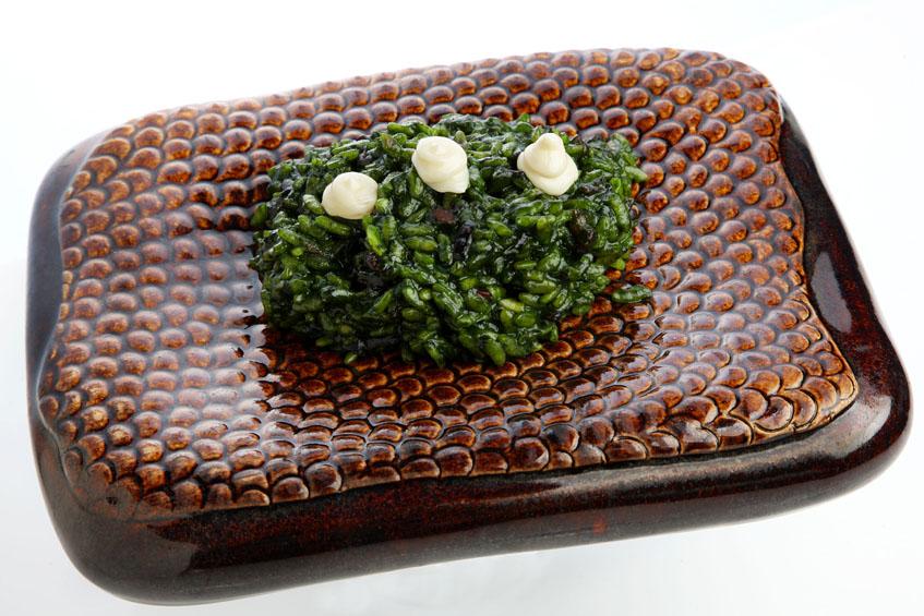 Así se presenta el arroz con plancton en el Glass Mar. Foto: Cedida por el hotel Urban.
