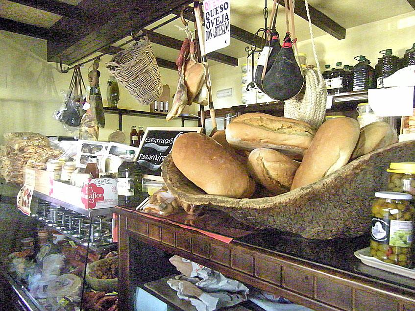 Pan cateto en la Venta El Cantarero. Lo ponen para desayunar y también lo venden para llevar. Foto: Cosasdecome