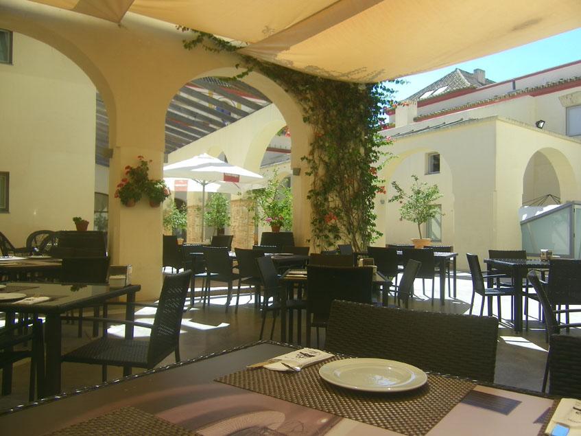 El patio del restaurante Cargadores de Indias es muy agradable. Foto: Cosasdecome