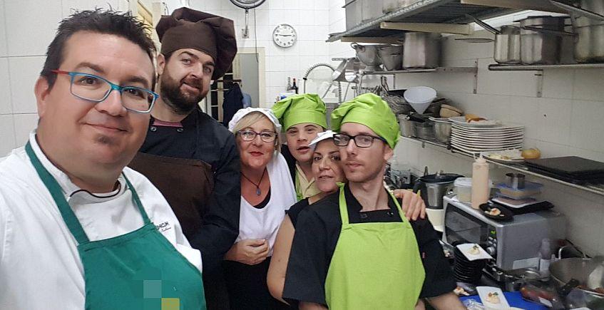 Un cocinero gaditano en el proyecto que más suma de Sevilla