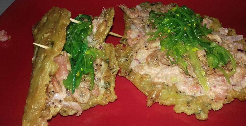 El Taco de camarones con pico de gallo de La Marea
