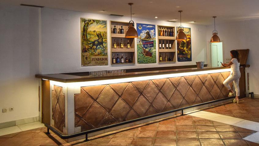 La barra del establecimiento. Foto: Cedida por Tapería Fundador.