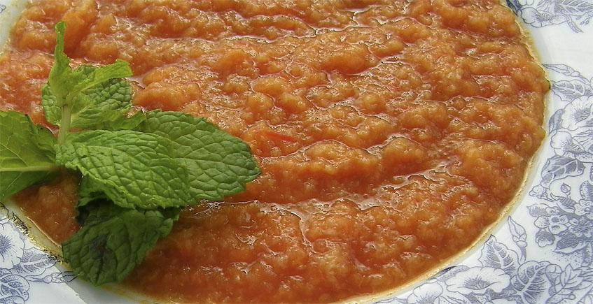 Todo sobre la sopa tomate: Sitios donde comerlas, videos, recetas...y su primo hermano el ajo caliente