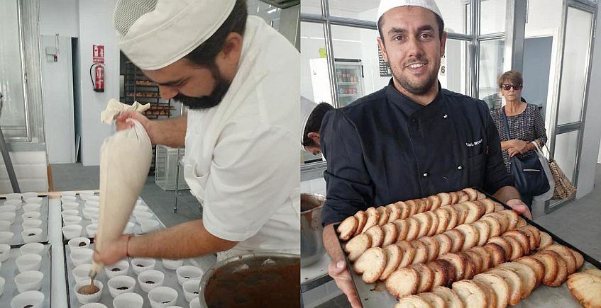 Una panadería con escaparate