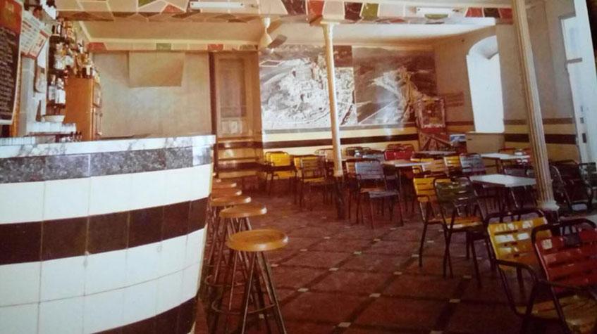 La barra y el comedor del establecimiento. Foto: Cedida por Encarna Olid