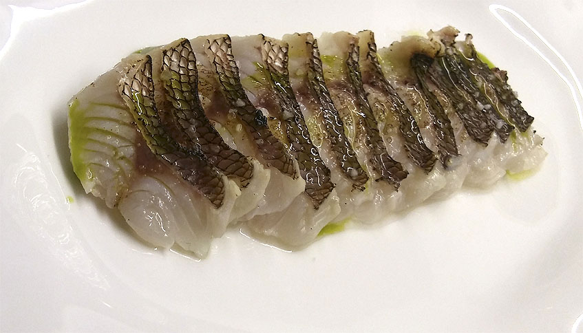 El borriquete soasado, uno de los platos que prepara Juan Lu Fernández al gusto del cliente. Foto: Cosasdecome