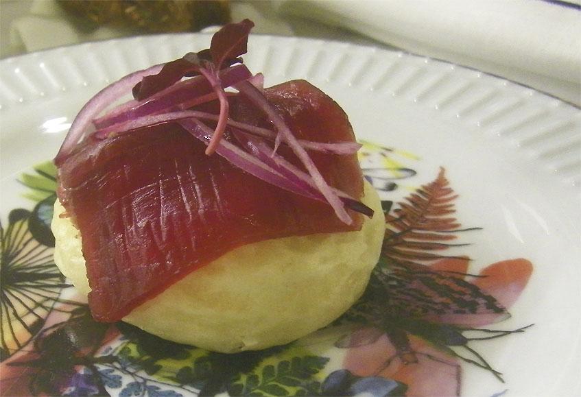 El mollete de atún de almadraba. Foto: Cosasdecome