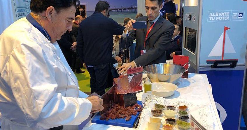 Manolo Moreno de El Copo, en la demostración de cocina en Fitur. Imagen cedida por el restaurante.
