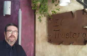 Fernando González, Fernando el de El Lucero,  en su nuevo bar El Trastero de San Fernando. Foto: Cosasdecome
