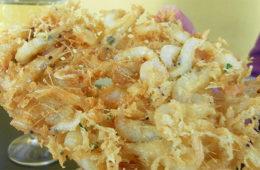 Las tortillitas de camarones de Casa Balbino