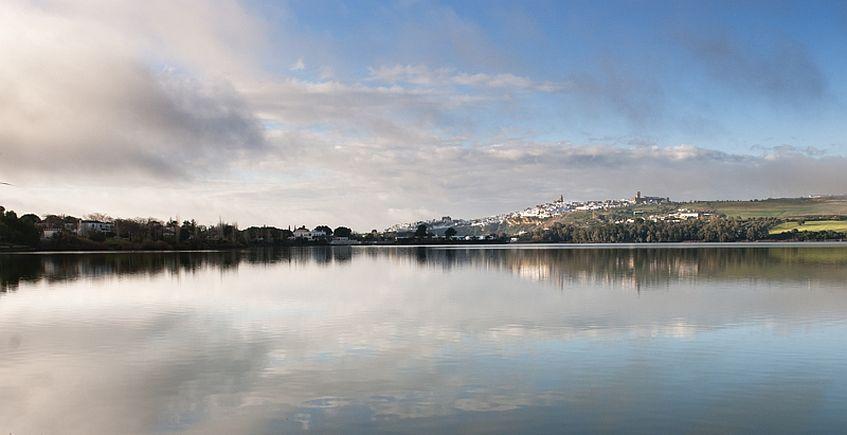 El lago. Imagen: turismo de Arcos