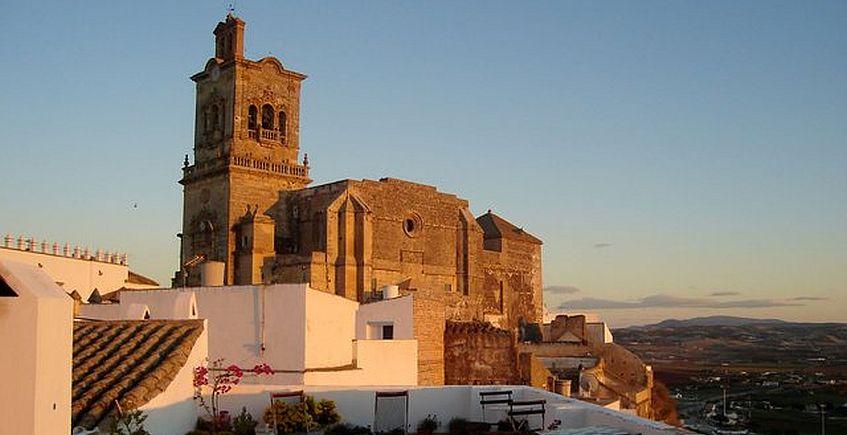 La basílica. Fotos del Patronato de Turismo de Grazalema.